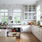 шторы для кухни фото интерьера