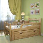 дубовая кроватка