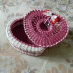 шкатулка плетеная сердце розовое