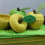шкатулка плетеная желтые яблоки