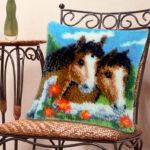 ковровая вышивка - подушка