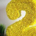 как сделать цифру из желтых цветов