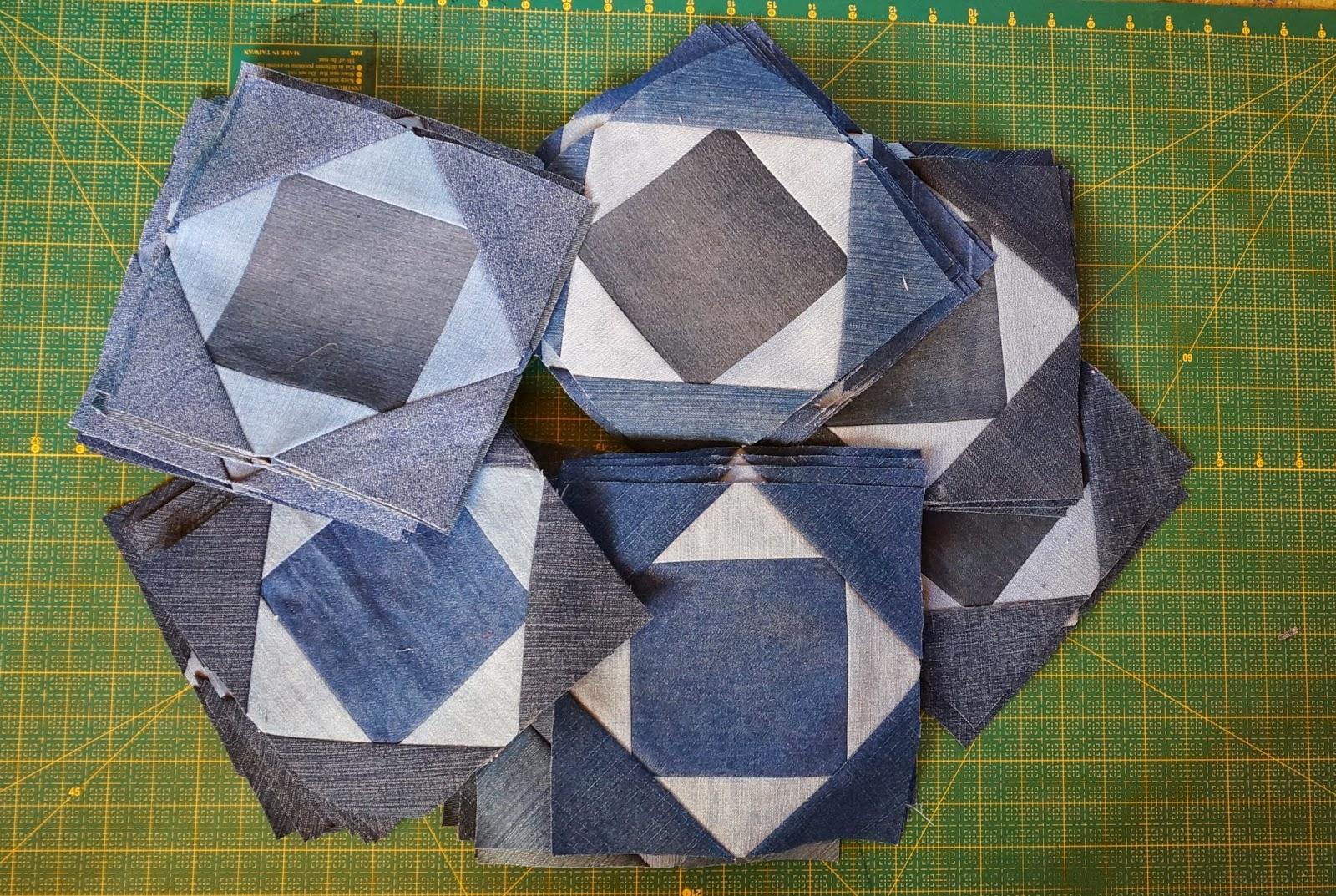 техника изготовления пледа из кусочков старых джинс