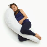 как спать на подушке-банан