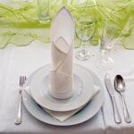 салфетка белая свеча