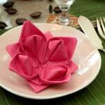 цветок на тарелке