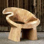 кресло из бревна