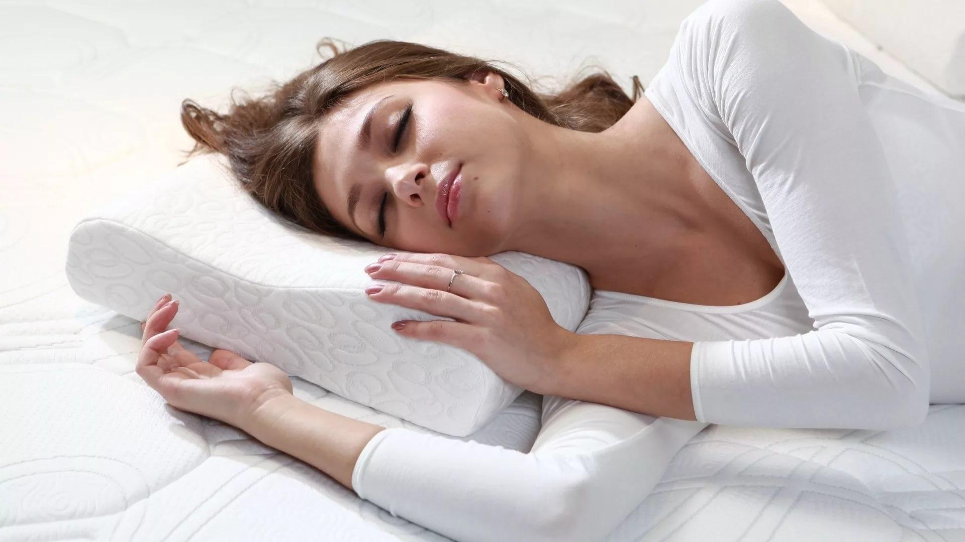 подушка с валиком