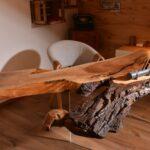 рабочий стол из бревна