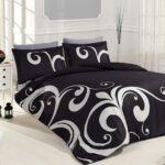 черное постельное с орнаментом