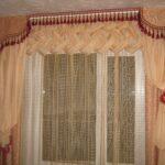 окно с ламбрекеном